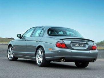 2004款捷豹s type报价及图片 新捷豹s type报价 2004款捷高清图片