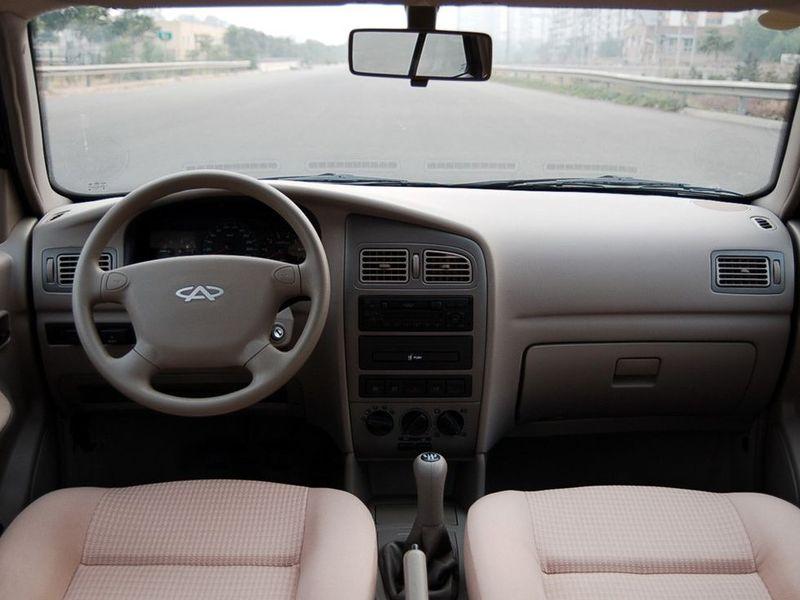 奇瑞汽车 旗云 1.3舒适型中控方向盘1228253高清图片