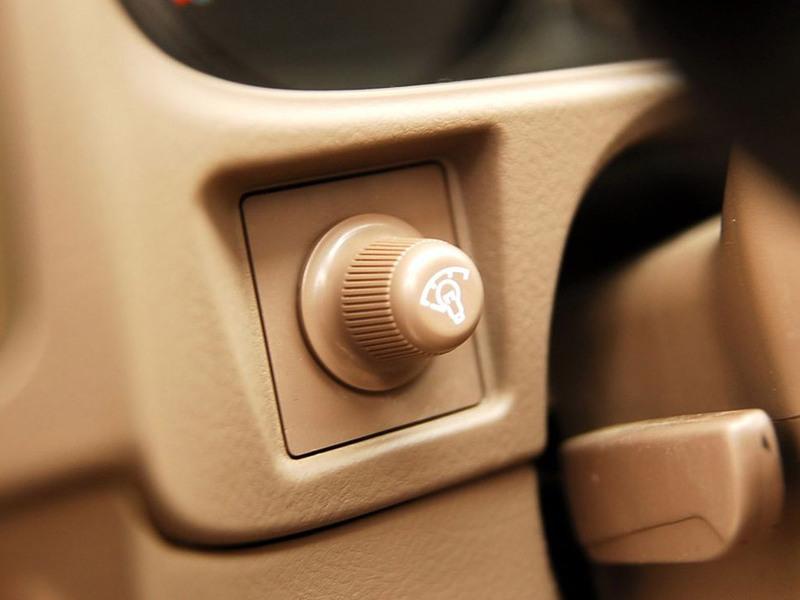 长城汽车2007款瑞风H32.44G69四驱豪华型江淮哈弗m3汽车遮阳帘图片