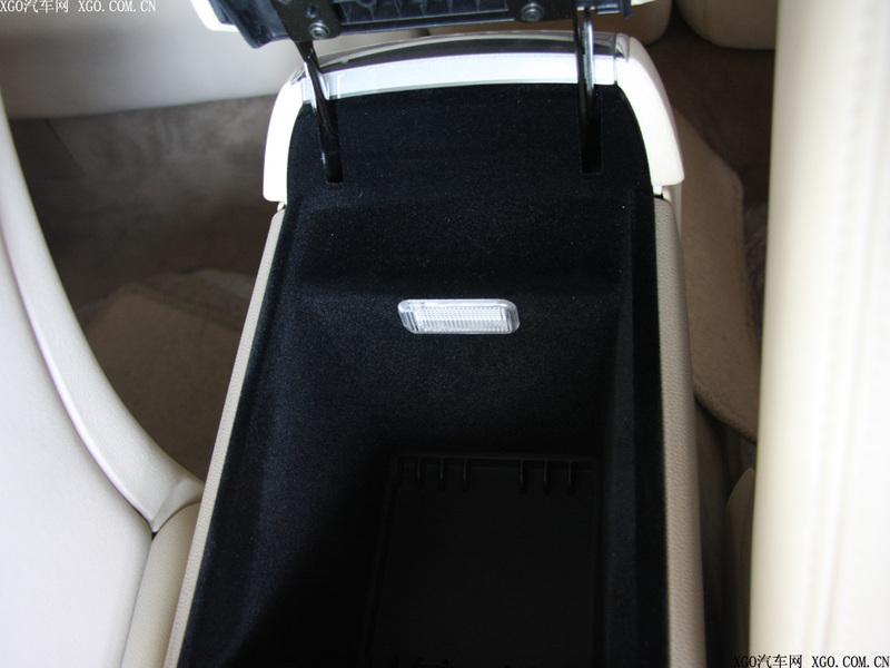 通用别克 林荫大道3.6l旗舰版车厢座椅1478735 高清图片