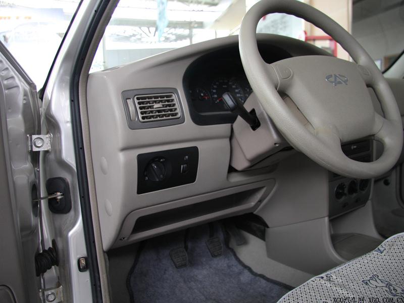 奇瑞汽车 旗云 1.3标准型中控方向盘1484873高清图片