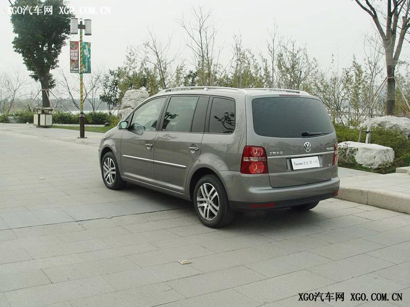 上海大众 途安 1.8T智尊版自动7座车身外观1701944高清图片