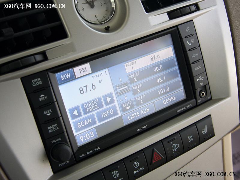 北京克莱斯勒 铂锐 2.4L 豪华型中控方向盘1719309高清图片