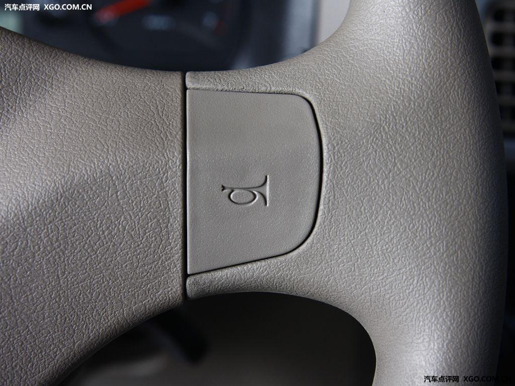 奇瑞汽车 旗云2 1.5MT 标准型中控方向盘2891259高清图片