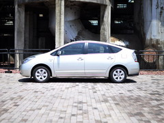 我们来自未来 2款丰田混合动力汽车推荐