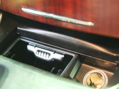奔驰E级加长版上市 市售5款同级车导购