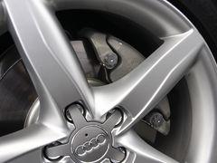 运动型中型车 奥迪A4L最高优惠达8500元