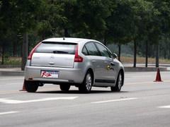 无视涡轮增压 4款自然吸气运动家轿点评