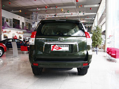 购车需要预定 丰田普拉多广州优惠1万元