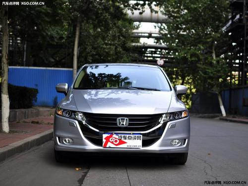 商务用车的好选择 马自达8竞争车型导购