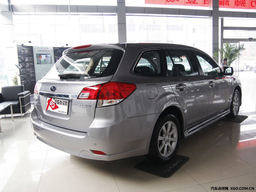 奔驰旅行版上市 3款同类型轿车对比点评