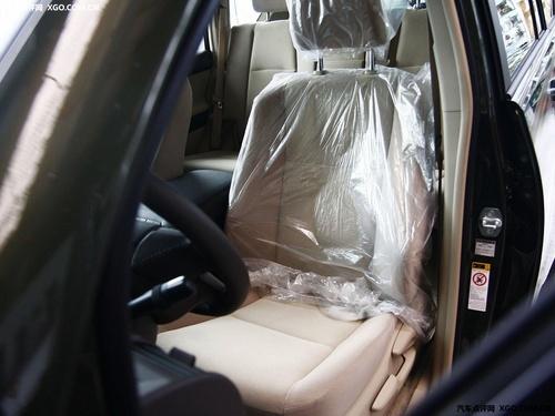 丰田霸道2700中东版 现车新报价39.1万高清图片