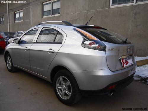 预计售价7-9万 长安CX30三厢9月将上市