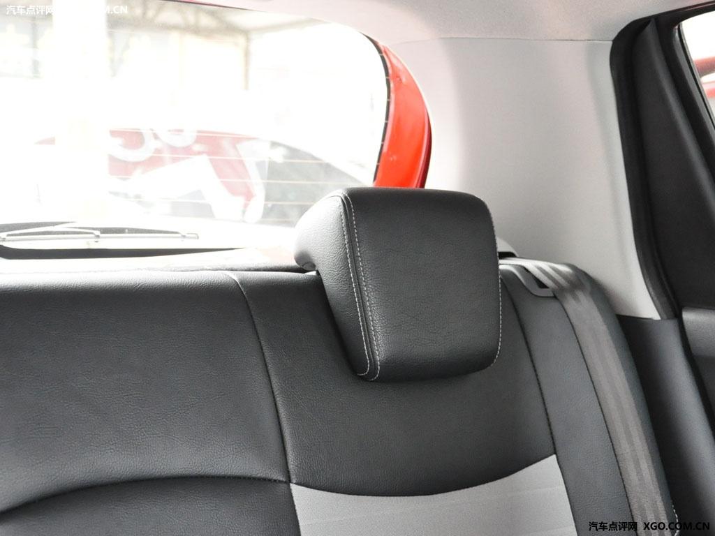 长安铃木 雨燕 1.5运动版 at车厢座椅2946601高清图片