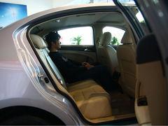 自主新星挑战经典中型车 传祺VS马自达6