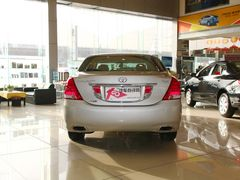 一汽丰田皇冠现金优惠2万 部分现车在售