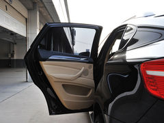 宝马X6部分现车在售 购车需加部分装饰