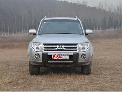 三菱帕杰罗广州优惠3万元 店内有现车
