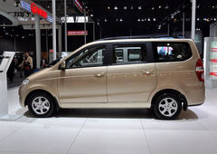 拉上全家买年货 4款实用MPV车型推荐