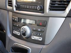 安全舒适两不误 腾翼V80启6万商务时代