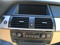 运动SUV 保时捷卡宴Turbo对比宝马X6M