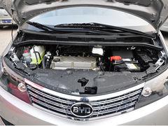 购车需预订 比亚迪M6享现金优惠5000元