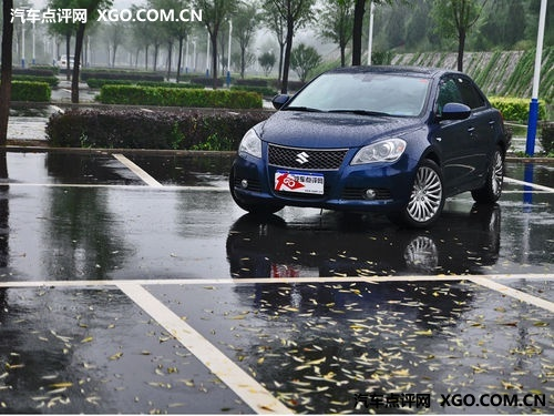 铃木凯泽西抵汉  武汉北方有现车供应