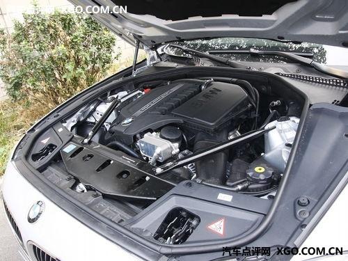 宝马5系现车在售颜色齐全 购车送装潢