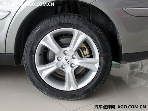 刹车很重要 8万左右配四轮盘刹车型导购