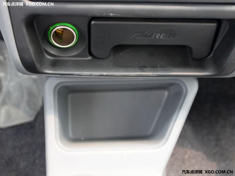 江南汽车 江南tt 0.8l 标准型中控方向盘2911832高清图片