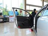 起亚K5 2011款  2.4L Premium AT_高清图1