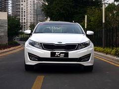 起亚K5全系优惠2.1万 店内有银、黑现车
