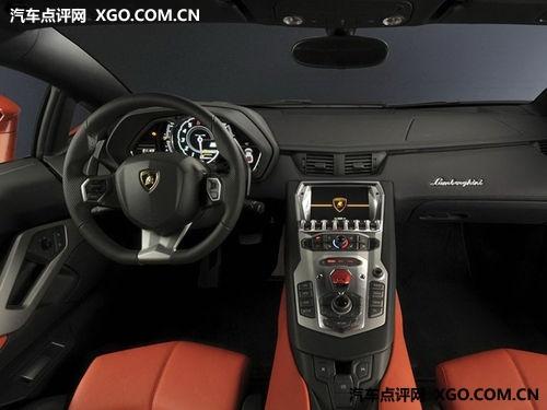 兰博基尼超级明星 Aventador LP700