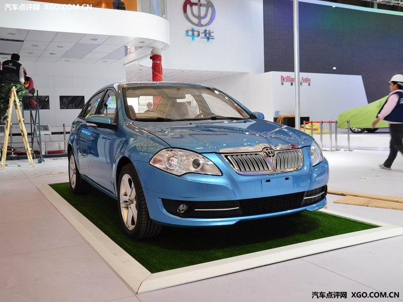 华晨中华名士蓝2011款 骏捷fsv 1.5mt舒适型车身外观图片3058552 高高清图片