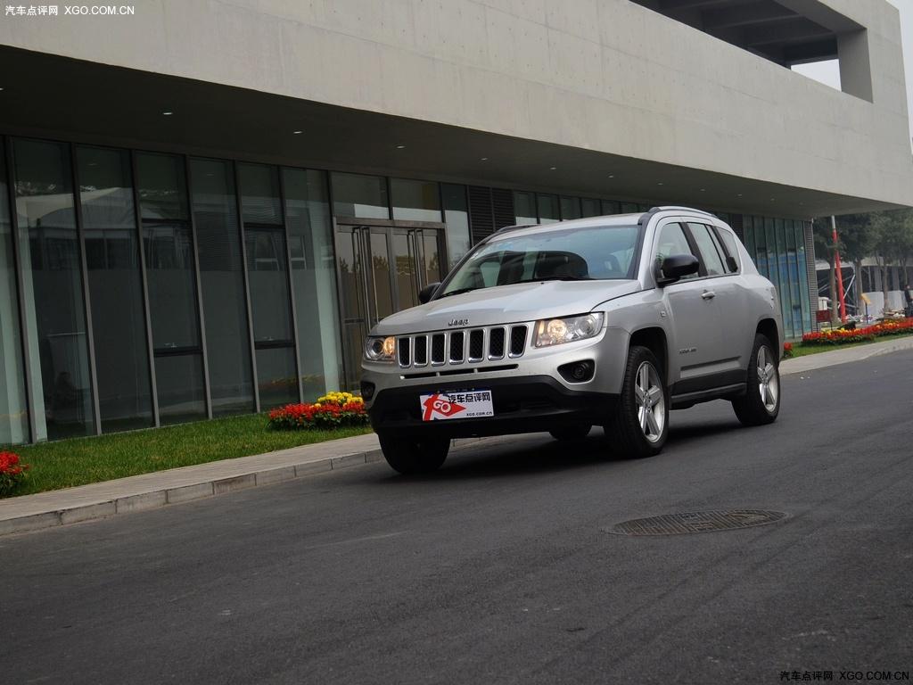 jeep2011款 指南者 2.4 豪华导航版车身外观图片3高清图片