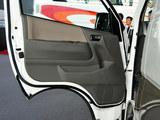 2012款 金杯大海狮 2.4L大海狮W 旗舰型