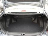 比亚迪G3后备箱