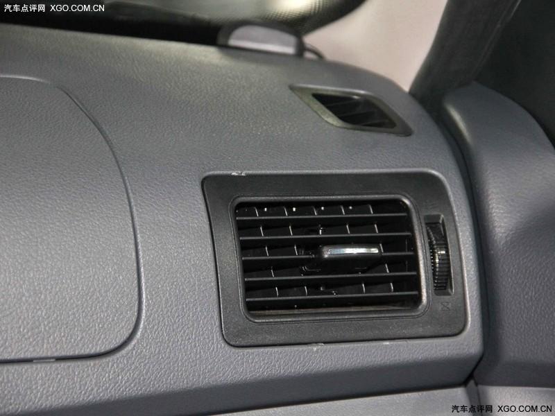 奇瑞汽车2012款 旗云2 1.5MT 豪华型中控方向盘图片3229504 高清图高清图片