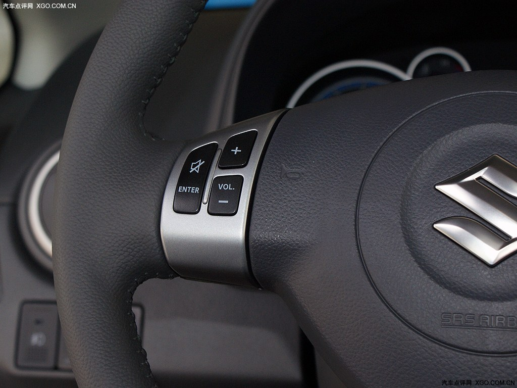 长安铃木2012款 天语sx4 1.6l锐骑运动型 at其它与改装高清大图