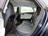 奥迪S7后排空间