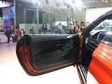 宝马M6前门板