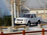 日产D22 2011款  2.4L汽油四驱高级型_高清图1