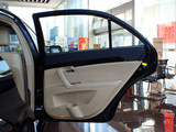 吉利EC8 2013款  2.0L 手动进取型_高清图3