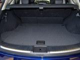 英菲尼迪QX70后备箱