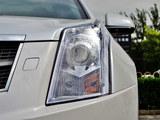 凯迪拉克SRX前灯