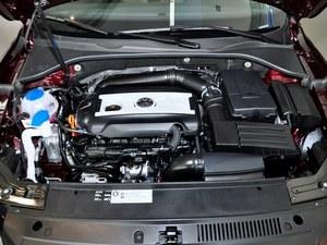 帕萨特优惠2.2万元起 置换购车另享补贴