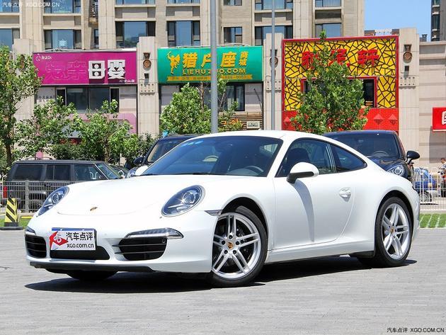 保时捷综合销售店了解到,近期购保时捷911优惠13万元,现车充高清图片