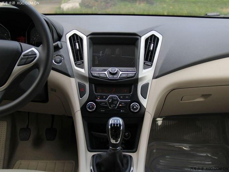 奇瑞汽车2013款艾瑞泽7图片 高清图片