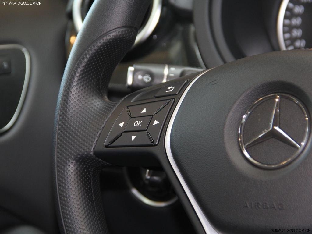 奔驰g级中控台按钮图解
