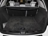 奔驰M级AMG后备箱